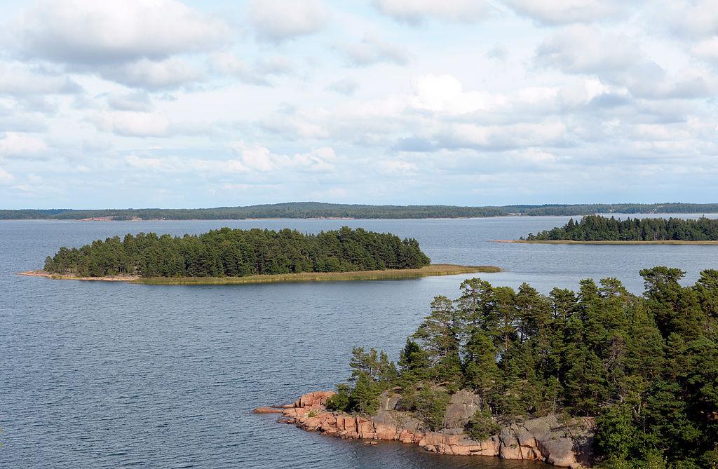 Des îles inhabitées, du granit rose : bienvenue à Åland