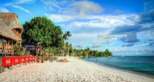 matira-beach-680116_640