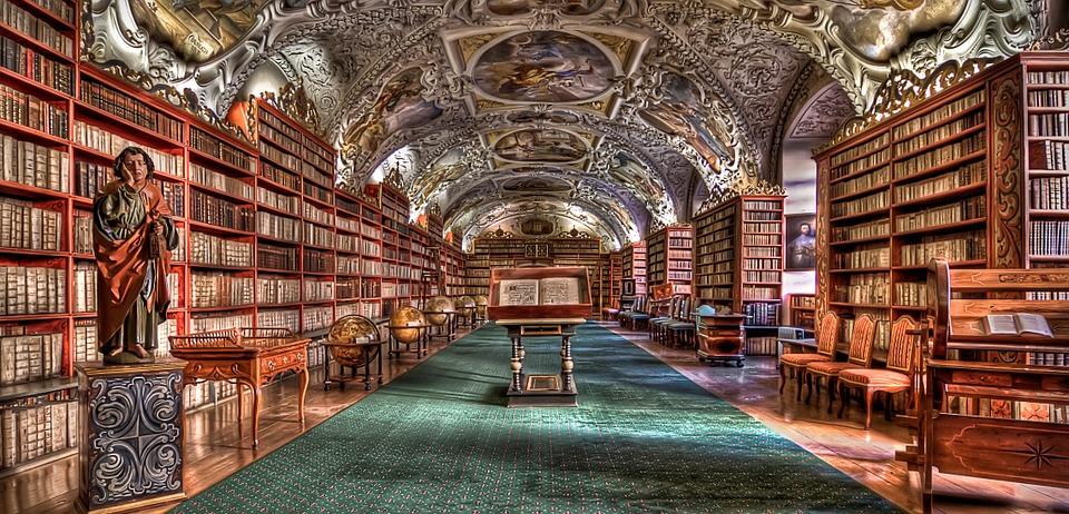 prague-library-980732_960_720