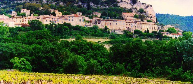 Visiter le village de Séguret, dans le Vaucluse